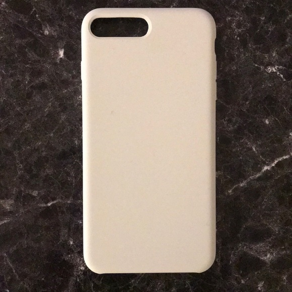 official photos 2afbf 91b06 iPhone 7/8 Plus White Silicone Case